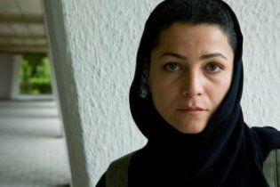 Власти Ирана помиловали актрису, приговоренную к 90 ударам плетьми