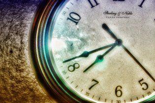 Британія хоче взимку переводити годинники вперед, а не назад
