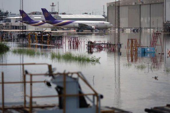 Повінь у Тіїланді потопила Бангкок_10