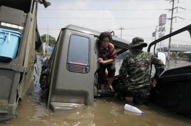 Паніка у Таїланді: повінь на 100% занурила Бангкок у воду