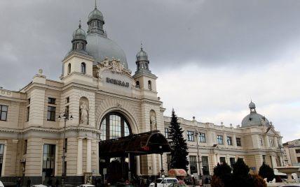 """""""Мы уже в нее входим"""": Садовый заявил, что Львов не избежит """"красной"""" зоны"""