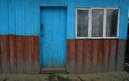 У Львівській області чоловік вдарив ножем у живіт сусідку під час сварки через собаку: фото