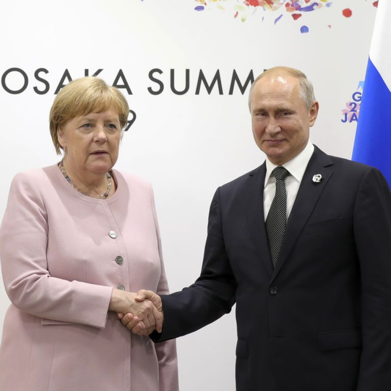 """""""Маю серйозні докази"""". Меркель звинуватила генштаб ЗС РФ у причетності до кібератак на Бундестаг"""