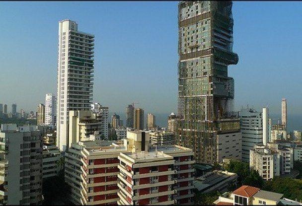 Владельцы самого дорогого в мире дома боятся жить там из-за плохой кармы