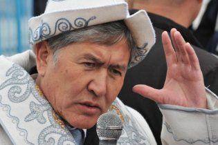 Новий президент Киргизії хоче закрити авіабазу США