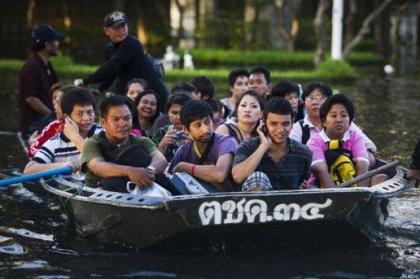 Найсильніша за півсторіччя повінь добралася до центру Бангкока