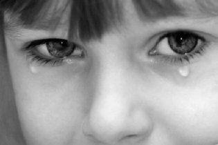 В Донецкой области дети жестоко избили 10-летнюю девочку, чтобы не дружить с ней
