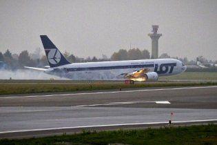 Аэропорт Варшавы закрыли на двое суток после аварийной посадки Boeing
