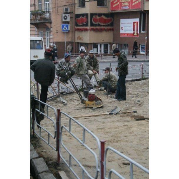 В Тернополе установили тротуары с подогревом