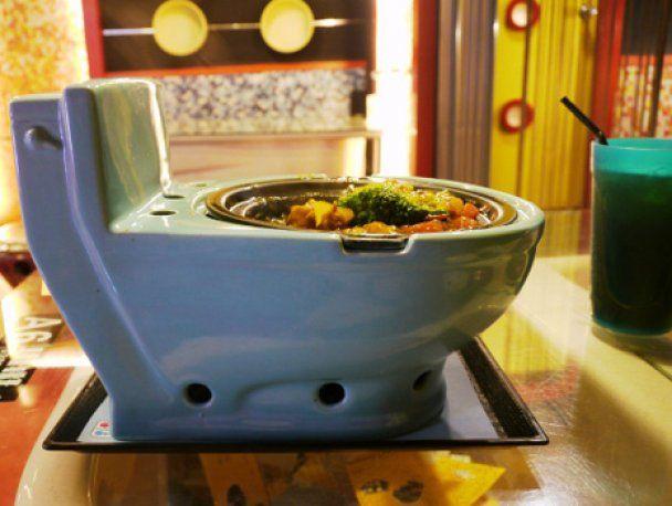 Самые странные рестораны мира: морг и психбольница