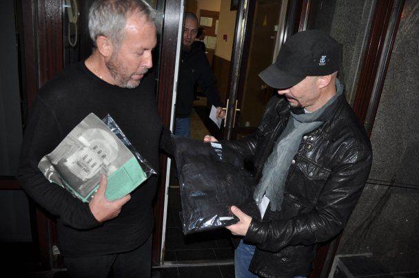 "Фронтмен ""Гайдамаков"" посвятил Андрея Макаревича в казаки"