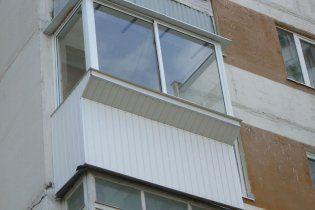 Украинцам придется доплачивать за застекленные балконы