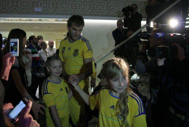 Сборная Украины получила форму, в которой сыграет на Евро-2012