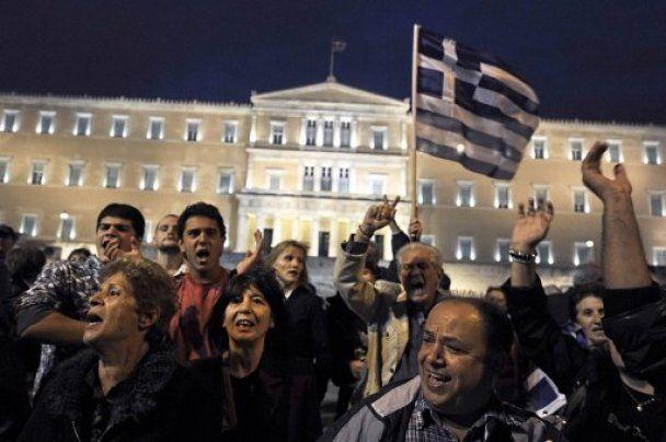 Масові протести і страйки охопили країни Європи