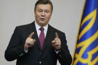 """Янукович поблагодарил ЦИК за """"демократические и прозрачные выборы"""""""