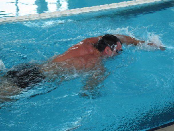 Кличко в Австрии плавает и готовится к бою с Мормеком