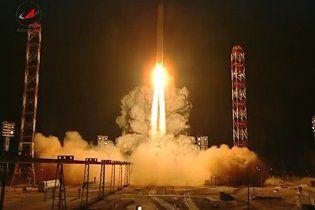 """Запущенная на Марс космическая станция """"зависла"""" над Землей"""