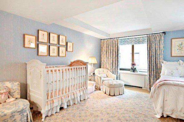 Неодинокая Дженнифер Энистон купила квартиру с детской спальней