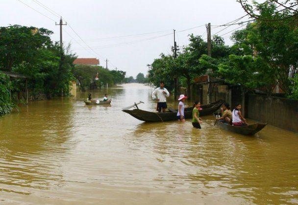 Найсильніша за останні 10 років повінь у В'єтнамі