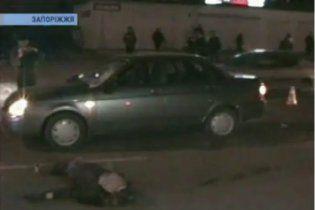 """Водитель на """"Ладе"""" убил молодую женщину и покалечил ее сына прямо на зебре"""