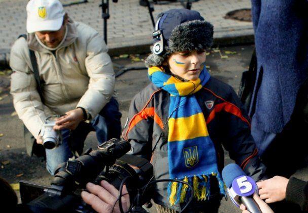 """Акция против Закона """"О телевидении и радиовещании"""" в Киеве"""