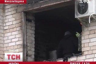 На Миколаївщині будинок вибухнув двічі поспіль