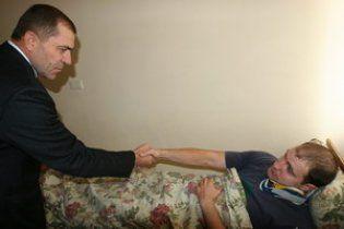 Міліціонер, травмований під Радою, отримав нагороду