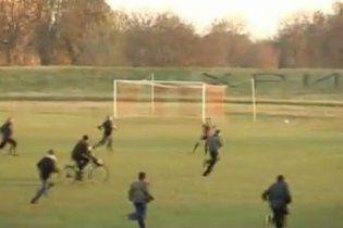 Футбольний матч на Черкащині закінчився гучним скандалом (відео)