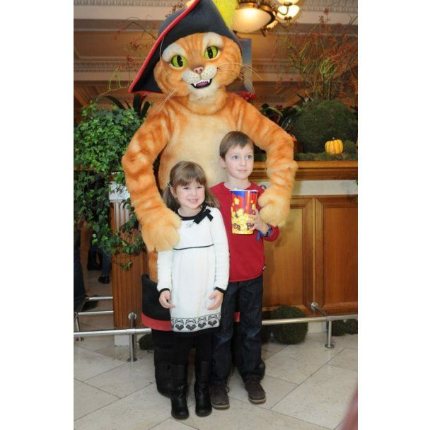 Подкопаева и Нагорный засыпали подарками 5-летнюю дочь