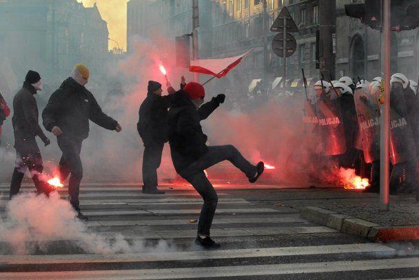В Польше День независимости отметили массовым побоищем