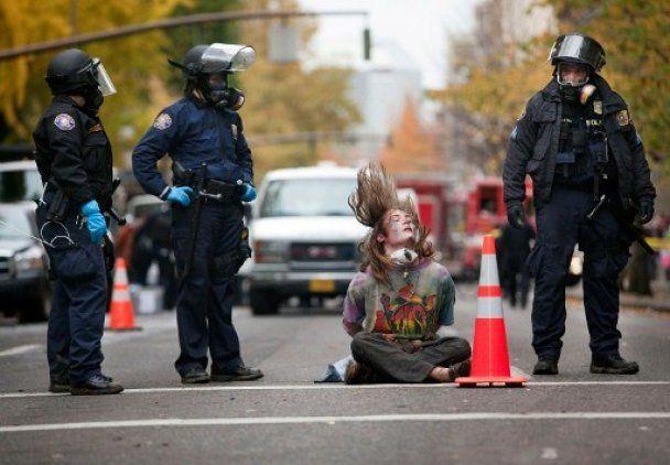 Масові акції протесту в США не вщухають попри арешти і заборону влади