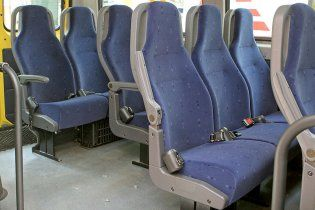 В автобусах з'являться паски безпеки для пасажирів