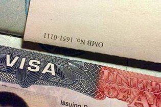 Хто без порушень їздить до США, отримає 10-річну візу