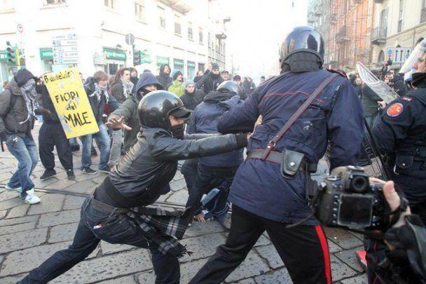 Массовые протесты студентов охватили более 60 городов Италии