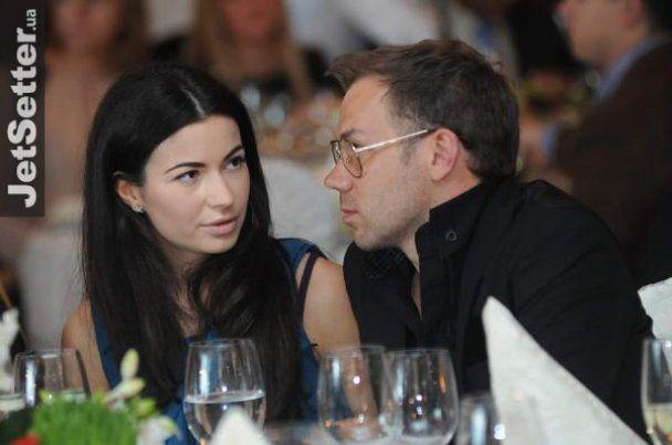 """Украинских VIP-ов наградили за """"совершенство в моде"""""""