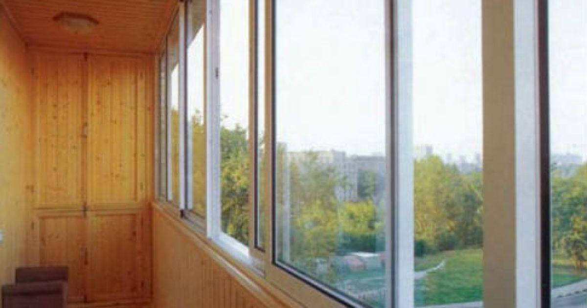 Янукович отменил налог на застекленные балконы - деньги - tc.
