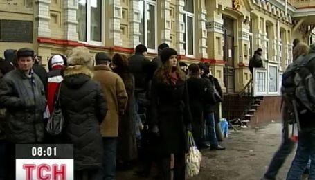 Завтра поляки начнут эксперименты с визами для украинцев