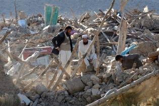 Жертв землетрусу в Пакістані може бути 600 (відео)