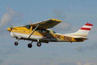 Біля узбережжя Корсики зник туристичний літак