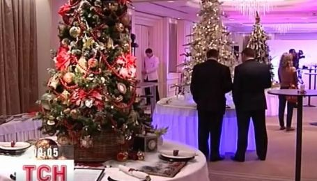 Украинские дизайнеры представили свое видение новогодней елки