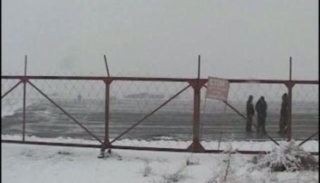 При посадке в Киргизии упал и загорелся Ту-134