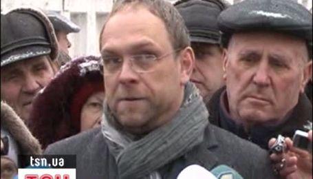 Захист Тимошенко вимагатиме повернення її за ґрати Лук'янівського СІЗО