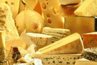 Найбільший виробник сиру в Україні розпродає свої заводи