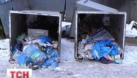 В баке для мусора в Харькове нашли части человеческого тела