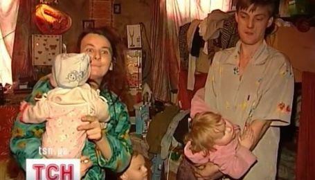 На Донетчине мать во время ссоры с мужем бросила младенца головой об пол