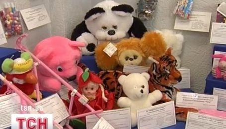 Более половины игрушек опасны для вашего ребенка