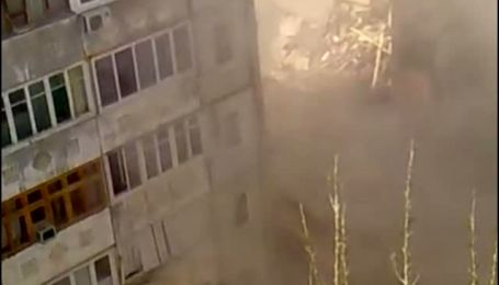В Астрахани обрушился подъезд 9-этажного дома