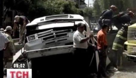 Серия землетрясений потрясла Мексику
