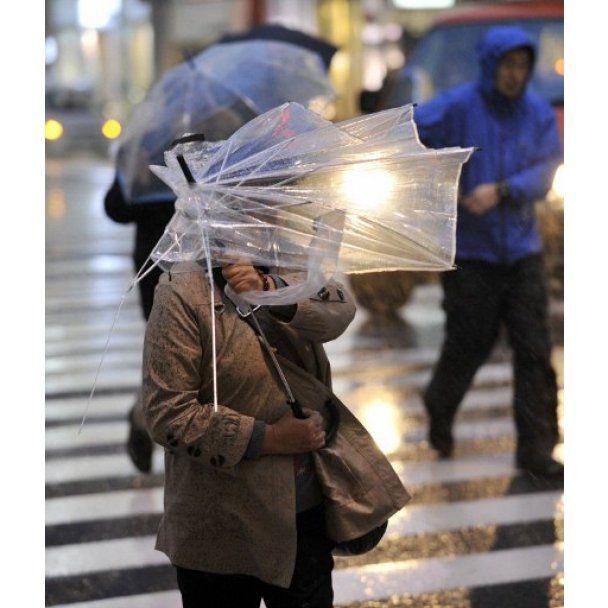 В столиці Японії вирує насильніший за останні 50 років ураган