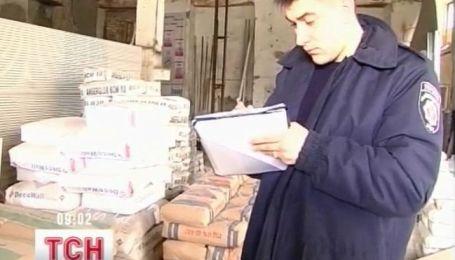 Правоохранители изъяли 35 тонн поддельного цемента